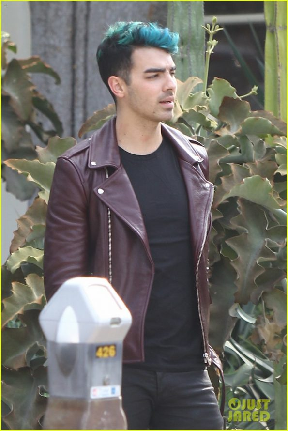 Joe Jonas Rockabillystyle Leather Jacket Belakang