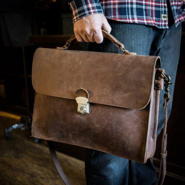 pabrik tas kulit sandang pria terbaru