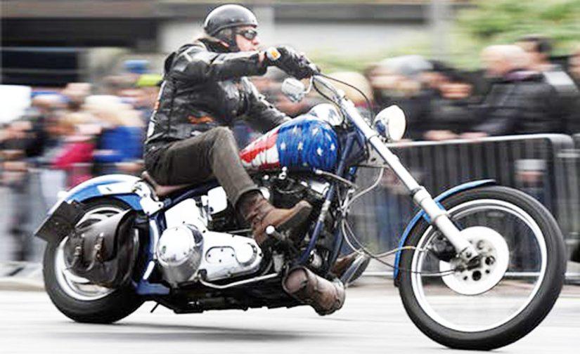 Beli Jaket Motor Kulit Asli di Bomber Leather Saja